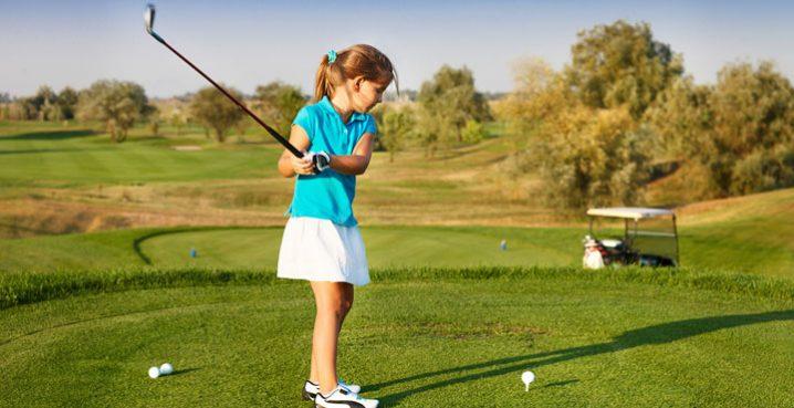 ゴルフの新ルールで空振りのペナルティは?テーショットの場合は?