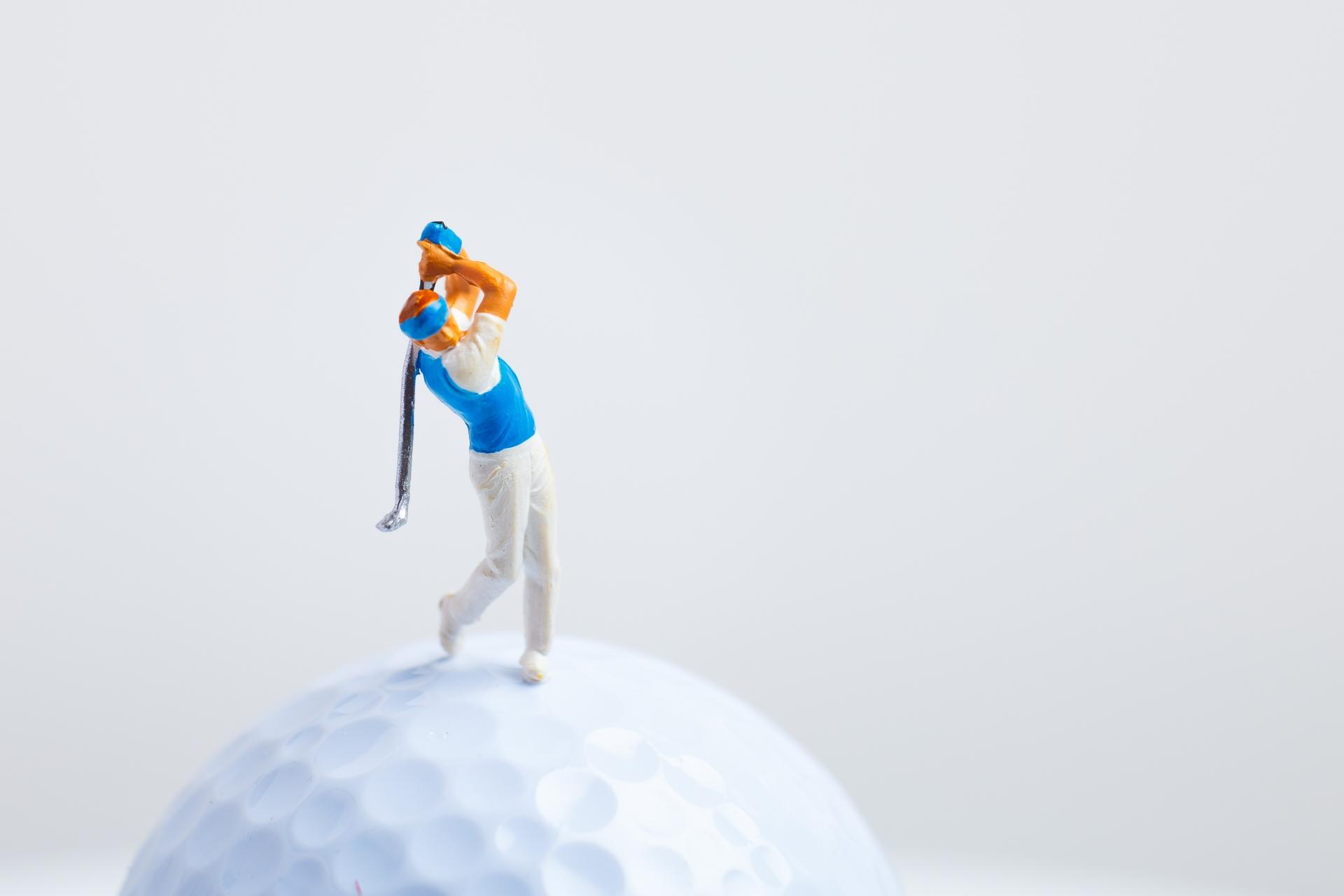 ゴルフのルールで人のクラブと間違えたり借りて打った場合のペナルティは?